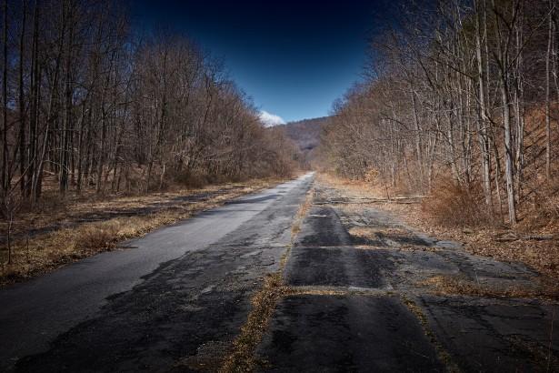 (PD) abandoned-road-1428461836blS