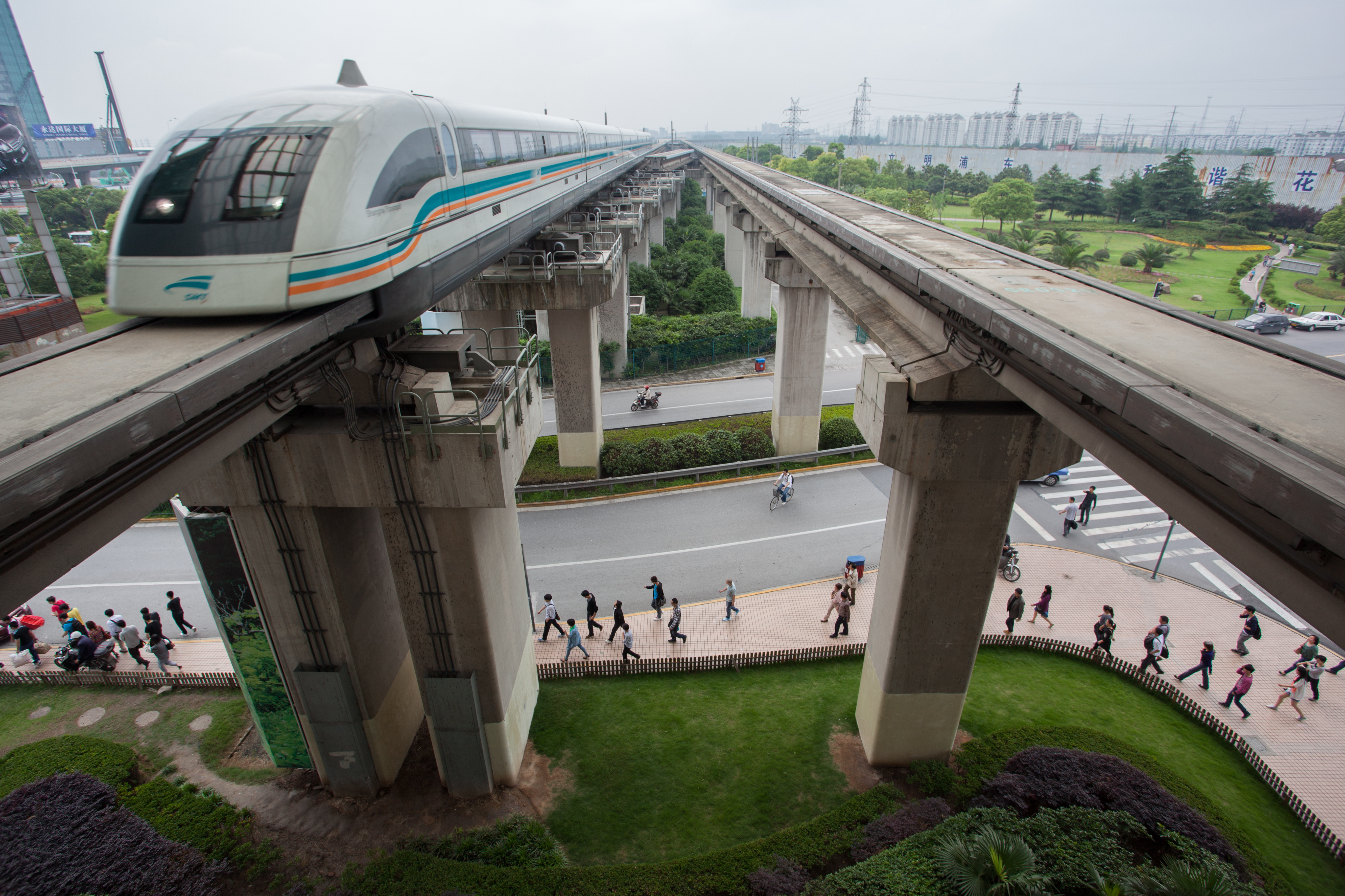 Shanghai Maglev Train connecting the Shanghai Pudong International Airport with the city2
